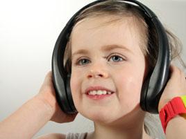 20090123100842-girl-headphones.jpg