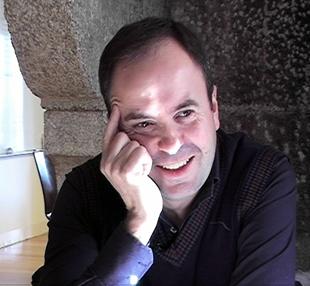 20100617134312-0597159001274441753-carlos-negro-na-sua-visita-a-vieiros.jpg